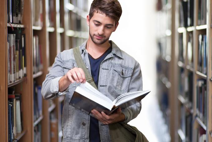 大学生一般英語コース